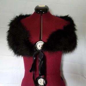 Black shoulder wrap